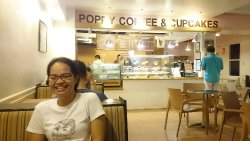 Poppy Coffee & Cupcakes