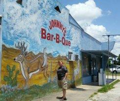 Johnny's Bar-B-Que