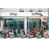 Dots Shop & Coffee