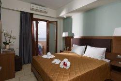 Hotel and Apartments Dimitra