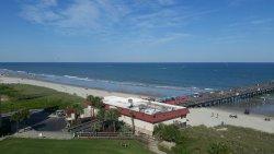 Springmaid Beach Resort View (Deluxe Kingsuite)