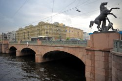 Anichkov Bridge