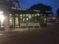 Bar Giuliano