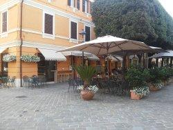 Carducci Cafe & Cucina