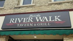 ‪Brocks Riverwalk Tavern & Grill‬