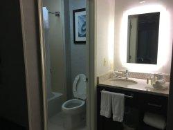 Bathroom area of king size bedroom 1