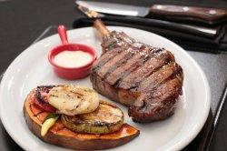818 Steakhouse