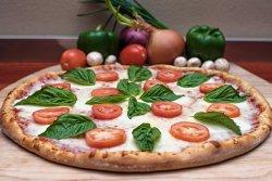 Oscar's Famous Pizzeria