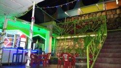 Colours Club Bar, Restaurant and Pizzeria