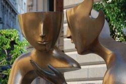 Sculpture Conversation