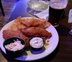 The Crest Pub & Grill