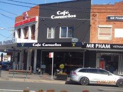 Cafe Carmelos
