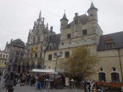 Stadhuis Ayuntamiento