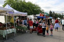 ‪Kelowna Farmers' and Crafters' Market‬