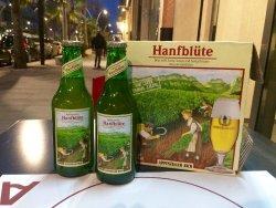 """Dalla Svizzera con amore, siamo lieti di presentarvi """"Appenzeller hanfblüte"""". Birra prodotta uti"""