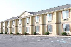 Days Inn & Suites Frostburg