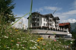 Romantik Hotel The Alpina Mountain Resort & Spa
