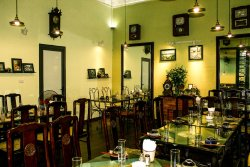 24h Xom Restaurant