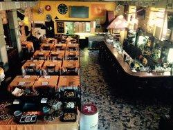 Dinamo Restaurant Pizzeria American Bar