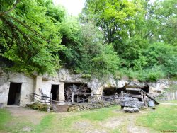 La Vallee Troglodytique des Goupillieres