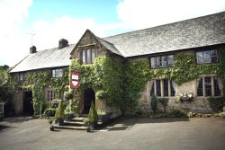 The Oxenham Arms Hotel & Restaurant