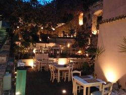 Firi Firi - The Beer House, 3 level terrace