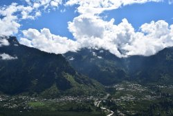 Spellbinding Views and Serenity in the lap of Himalays