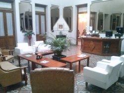 Lourd Mary Hotel