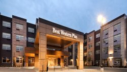BEST WESTERN PLUS Sawridge Suites