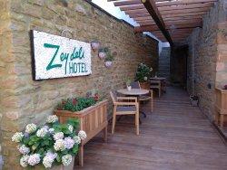 Zeydali Hotel