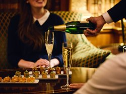 Champagne & Canapés