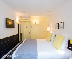 The Standard Twin Room at the Hotel Augustin - Astotel