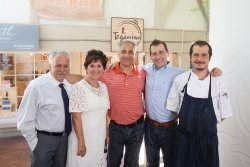 The Panzuto brothers were wonderful hosts for my Parents 40th Anniversary lunch!