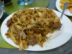Beef in Soy Sauce with Fried Noodle