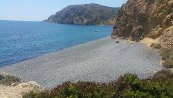 Παραλία Εμπορειός
