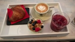 Melograno Caffe & Bistrot