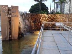 Monumento a las Cataratas del Iguazu