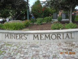 Miner's Memorial in Immigrant Park