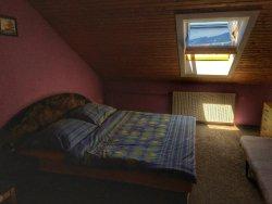 The attic room 4