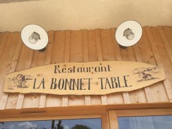 La Bonnet Table