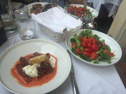 Beautiful food, loved it!