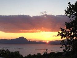 Nero di seppia e tramonto