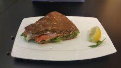 여기 샌드위치 진짜 맛있어요!!! 가격도 저렴한 편입니다