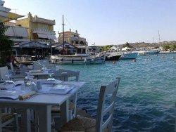 Ostria-Bay