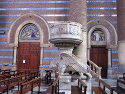 Esglesia de l'hospital de la Santa Creu i Santa Pau