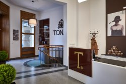 TONAK Flagship Store