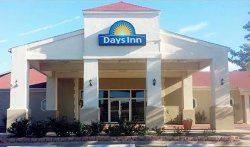 Days Inn by Wyndham Eastland