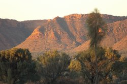 Kings Canyon resort remains one of my favourite destinations. The resort has a wonderful sunset viewing area.