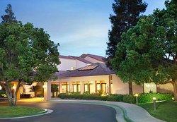 Courtyard Bakersfield
