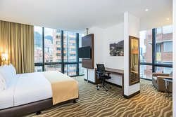 Holiday Inn Express & Suites Bogota Zona Financiera